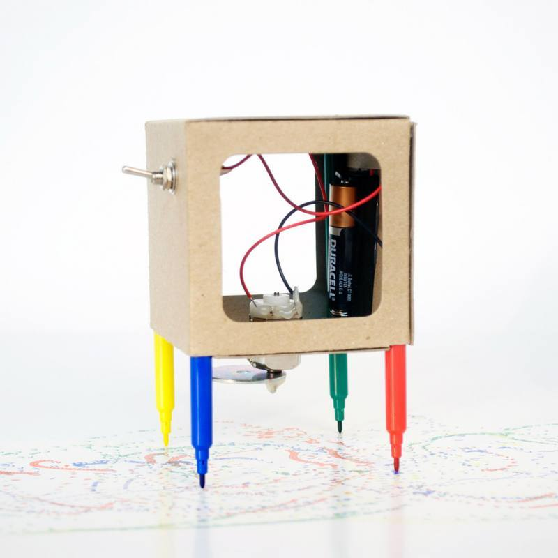 Scribbler kit - The Drawing Robot [Cardboard], MAKERS TOOLBOX