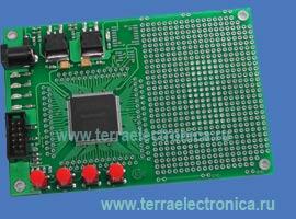 LDM-EP2C5-T144 – плата для разработки устройств на ПЛИС Cyclone  фирмы Altera.