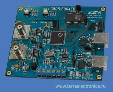 C8051F064EK  -  стартовый набор для оценки возможностей микроконтроллера  компании SiLabs - C8051F064 со скоростным АЦП