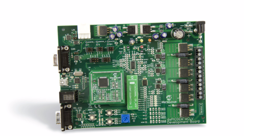 Демоплата  The dsPICDEM™ MCLV-2 Development Board provides a cost-effective method of evaluating and developing sensored or sensorless Brushless DC (BLDC) and permanent magnet synchronous motor control applications. The board supports Microchip's 100-pin