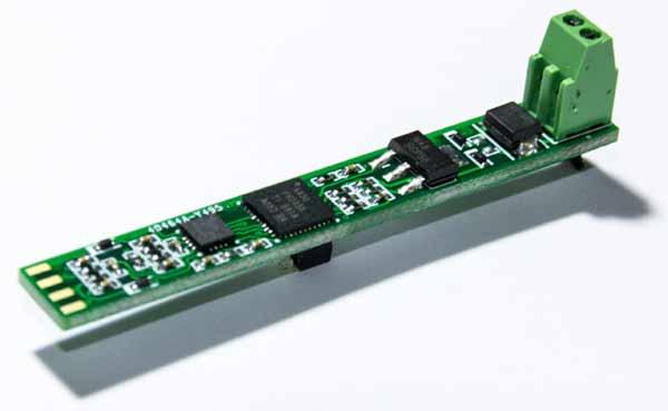 Передатчик, построенный с использованием TIDM-01000, умещается на небольшой печатной плате