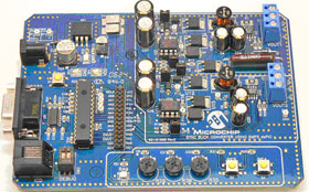 DM300023 – отладочная плата импульсного преобразователя