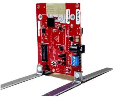 Установленный на кронштейнах модуль IWR1642BOOST