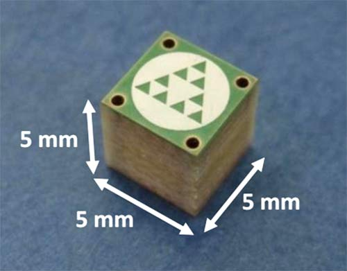 Внешний вид усилителя mXTENDTM (наименование FR01-S4-250)